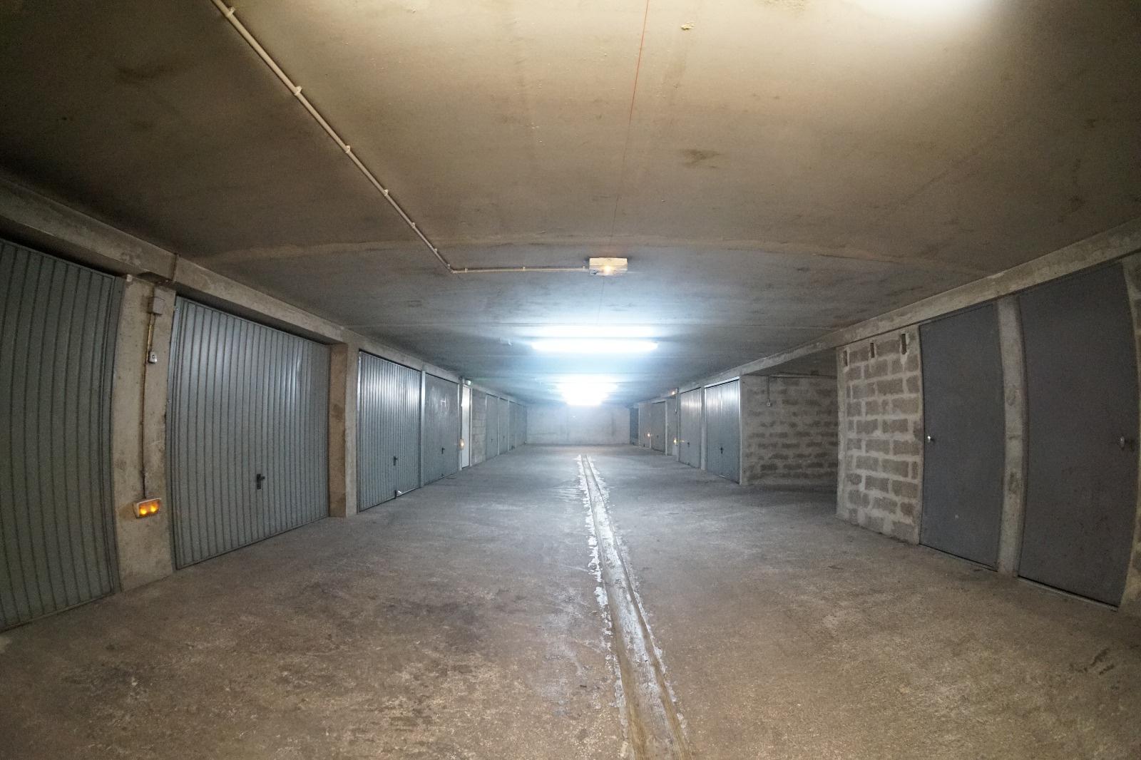 Offres de vente Garage Marseille 4 (13004)